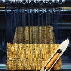 RailReed - adjust warp density while you weave Textile Artists, Fashion Sketches, Weaving, Contemporary, Fiber, Author, Craft, Ideas, Tejidos