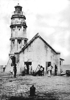 Light House at the entrance of the Pasig River from Manila Bay, Manila, Philippines, 1898 or before Philippine Architecture, Ancient Greek Architecture, Gothic Architecture, Philippines Culture, Manila Philippines, Old Pictures, Old Photos, Vintage Pictures, Filipino Culture