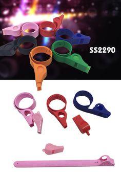 Clap-clip Whistle     ● Material:Silicon    ● Size:26.5*2*0.2CM   www.ideagroupigm.com