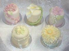 Individual Mini Cakes   Mini Cakes Wedding And Petits Fours