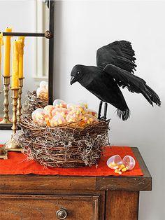 45 of the easiest spookiest halloween decorating ideas - Halloween Crow Decorations