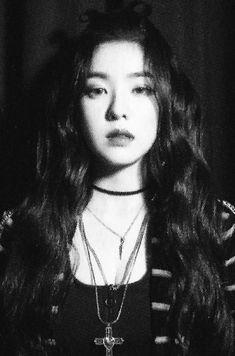 """Red Velvet """"The Perfect Red Velvet"""" Photobook (SCAN)"""