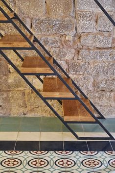 33 Fantastiche Immagini Su Scala In Ferro Stair Design Stairs