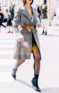 How to style trench coats with a short dress