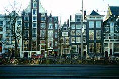 Deze trouwhotels in Amsterdam zijn geselecteerd vanwege hun unieke, centrale locatie, hun gastvrijheid en klantgerichtheid. Bij deze hotels bent u verzekerd van een fantastische trouwdag!