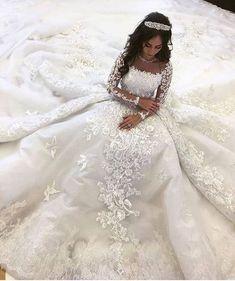 Arab Wedding, Luxury Wedding Dress, Dream Wedding Dresses, Bridal Dresses, Wedding Gowns, Extravagant Wedding Dresses, Lace Wedding, Bridesmaid Dresses, Long Sleeve Wedding