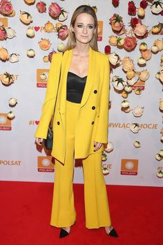 URSZULA  DĘBSKA - 2019 . Duster Coat, Blazer, Celebrities, Jackets, Women, Fashion, Down Jackets, Moda, Celebs