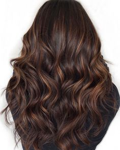 Dark Brown Hair With Caramel Highlights, Brown Hair Balayage, Brown Blonde Hair, Hair Color Highlights, Balayage Brunette, Ombre Hair, Brunette Highlights, Chunky Highlights, Red Hair
