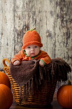 Mini Session Halloween | Baby Photography Manchester