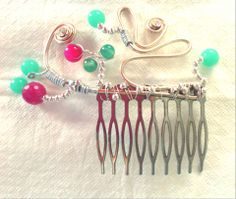 Hair Accesory by Laladiva.Golden with vivid pink and green little balls.Hair Accessories Collections. http://complementoslaladiva.com/