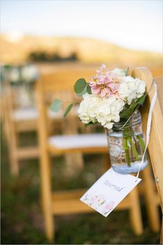 #weddingaisle #aisledecor #weddingflowers #reserved #weddingceremony @weddingchicks