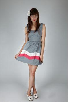 Kling Party Wave Dress