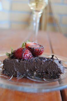 Chocolate Tofu Mousse Cake with Nutty Base
