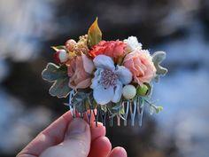Flower Hair comb, wedding hair comb from magaela by DaWanda.com