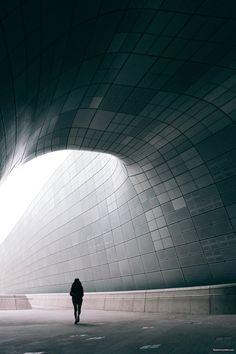 동대문디자인플라자 (DDP) in Seoul | lielaine.tumblr.com