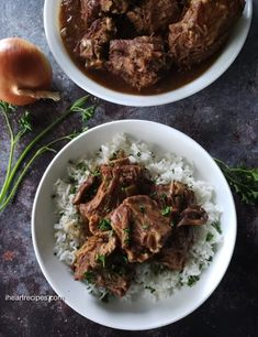 Southern Smothered Smoked Turkey Necks made easy in the pressure cooker. These delicious turkey necks are smothered with onions, celery, garlic, and brown gravy! Well I just had to do it folks! Turkey Neck Recipe, I Heart Recipes, Turkey Wings, Cornbread Dressing, Smoked Turkey, Cooking Turkey, Cooking Corn, Collard Greens, Turkey Recipes
