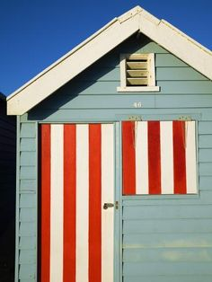 Colourful Beach Hut at Brighton Beach by Andrew Watson : Beach Cottage Style, Beach Cottage Decor, Tropical Home Decor, Tropical Houses, Beach Chic Decor, Boat Shed, Surf, Beach Haven, Photo Deco