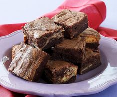 Choc-fudge cream cheese slice recipe - By Australian Women& Weekly, This simple slice is a sweet tooth& heaven - rich, chocolatey and laced with swirls of cream-cheese. Cream Cheese Recipes, Cream Cheese Filling, Sweet Potato Hash Browns, Carrot Spice Cake, Ginger Chutney, Classic Cheesecake, Moist Cakes, Fudge, Sweet Recipes