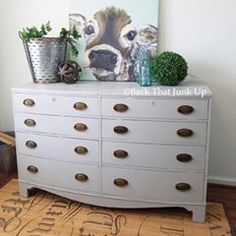 Dixie Belle Driftwood - Back That Junk Up loves to work with chalk paint