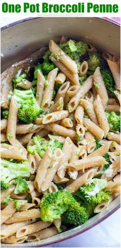 It's light, fresh, healthy, and can be made in just one pot!  This One Pot Broccoli Penne is a meatless meal will sure to be a family favorite like it is in our house! #onepotmeals #broccolipasta #healthy #easy Yummy Pasta Recipes, Best Dinner Recipes, Healthy Crockpot Recipes, Vegan Recipes Easy, Italian Recipes, Real Food Recipes, Vegetarian Recipes, Cooking Recipes, Delicious Meals
