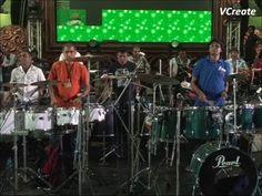 Falguni Pathak's band rehersal video.