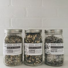 These gorgeous herbal bath tea recipes are simple to make at home. Find instructions at Under A Tin Roof!