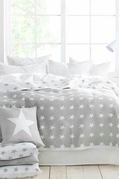 Ellos Home Bess-päiväpeite, cm J's bedroom Linen Bedroom, Home Decor Bedroom, Bedroom Furniture, Bedroom Modern, Linen Bedding, Comforter, Creation Deco, Home And Deco, Bedding Sets