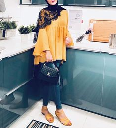 Hijab is not just about fashion, it reflects who you are, your identity 💕💕. by Hijab Ecer dan Grosir Modern Hijab Fashion, Street Hijab Fashion, Hijab Fashion Inspiration, Islamic Fashion, Abaya Fashion, Muslim Fashion, Mode Inspiration, Fashion Outfits, Fashion Muslimah