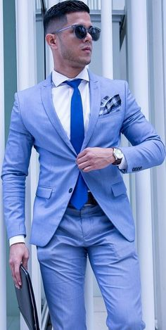 In this article you will know how to wear light blue suit for best combination How to wear light blue suit for men light blue suit men wedding New Blue Suit, Light Blue Suit, Blue Suit Men, Blue Suits, Indian Men Fashion, Mens Fashion Suits, Mens Suits, Men's Fashion, Fashion Outfits