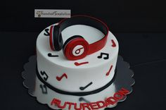 Beats by Dre Headphones Cake