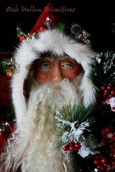 [Red-Santa-2.jpg]