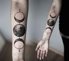 Incredible and shocking space tattoo designs to astound you. Enjoy over 44 awesome space tattoos and science fiction body art ideas. (SEE SPACE TATTOOS) Future Tattoos, Love Tattoos, Beautiful Tattoos, Body Art Tattoos, Space Tattoos, Circle Tattoos, Tatoos, Fish Tattoos, Beautiful Moon