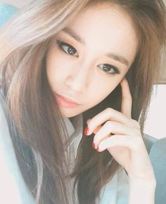 Jiyeon's Gorgeous Selca ~ Daily K Pop News