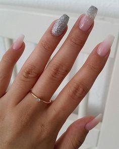 Babyboomer Glitter Girl #newnails#opsessed#girly#babyboomer#nails#glitter#girly#loveit #nail