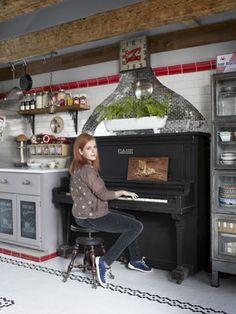 love neko case.  and now i love her kitchen, too!