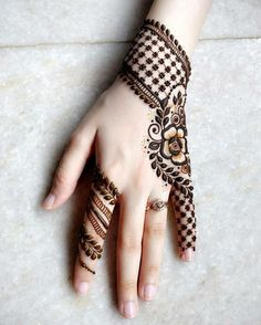 Casual Mehndi Design for Back Hand