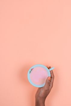 A super fun recipe for Pink Hot Chocolate. The kids will flip for this! | The Kipi Blog