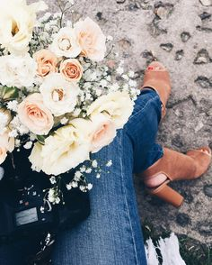 """271 Me gusta, 1 comentarios - Mariana Carletti Fotografa (@marianacarletti) en Instagram: """"✈️ Una del sábado, mientras esperaba a Noe&Dori en su civil. 😍"""""""