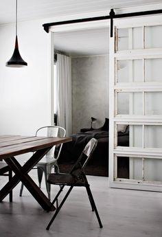 RK pöytä / Stemma - Linnea pöytä, 449,00e mitat 220x92cm ruskea