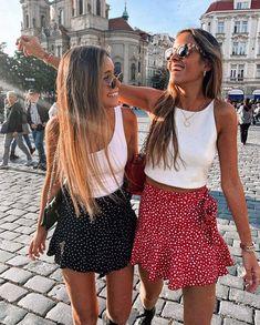 #modaverao#tendenciasdeverao #looksestilosos #lookscasuais #trajecasual #trajesdeveraofemininos #roupasestilosas #roupasbasicas #basicoverao #lookveraobasico #looksbasicosdeverao Trendy Summer Outfits, Girly Outfits, Cute Casual Outfits, Stylish Outfits, Spring Outfits, Miami Outfits, Traje Casual, Teen Fashion, Fashion Outfits