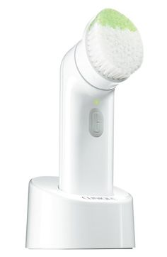 Free shipping and returns on Clinique Sonic System Purifying Cleansing Brush at Nordstrom.com. Clinique Sonic System Purifying Cleansing Brush is a dermatologist-developed sonic brush that offers deep yet gentle cleansing for skin that glows. It features two bristle types for targeted cleansing in hard-to-reach, contoured areas of the face where dirt hides, as well as an angled tip that purifies pores and thoroughly cleanses your T-zone. The lightweight, sleek, compact design is waterproof, ...