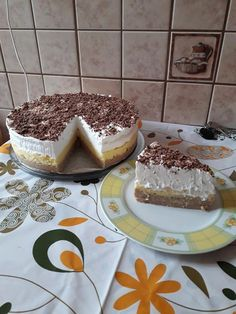Gesztenyés habos, krémes torta - Sütés nélküli süti a hétvégére! - Ketkes.com Biscotti, Crackers, Macarons, Tiramisu, Cheesecake, Rum, Food And Drink, Pudding, Sweets