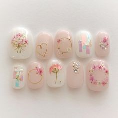 französische Nägel Schellack Form im Jahr 2020 Korean Nail Art, Korean Nails, Bridal Nails, Wedding Nails, Cute Acrylic Nails, Cute Nails, Pastel Nails, Shellac, Kawaii Nail Art