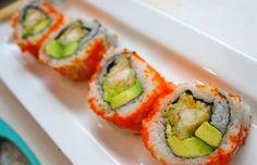 sushi for lunch! Gunna get myself personally a few sushi right now yum yum , sushi time Sushi Love, My Sushi, Best Sushi, Mexican Sushi, Sushi Roll Recipes, Sushi Night, Sushi Party, Homemade Sushi, Sushi Rolls