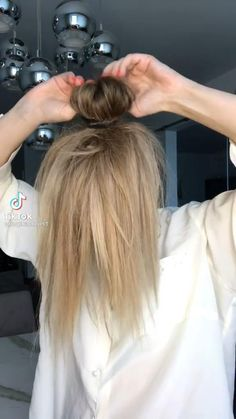 Easy Hairstyles For Long Hair, Work Hairstyles, Easy Professional Hairstyles, Wedding Guest Hairstyles Long, Long Hair Tips, Beautiful Hairstyles, Everyday Hairstyles, Medium Hair Styles, Long Hair Styles