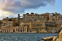 The Fortification of Valetta... in all its glory.... #fortification #Valetta #Malta #travelling #Tomasinternational