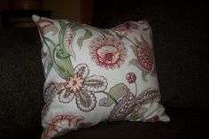 no sew pillow cover..i like this one best