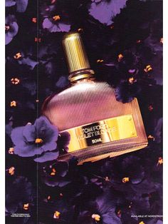 Tom Ford Violet Blonde Perfume - The Perfume Girl. Fragrances and colognes from fashion houses and perfume designers. Scent resources, perfume database, and campaign ad photos. Perfume Tom Ford, Beautiful Perfume, Perfume Collection, Luxury Beauty, Smell Good, Bath And Body, Blond, Perfume Bottles, Makeup