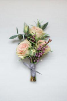 Pretty+English+Barn+Wedding+|+Ria+Mishaal+Photography+|+Bridal+Musings+Wedding+Blog+14