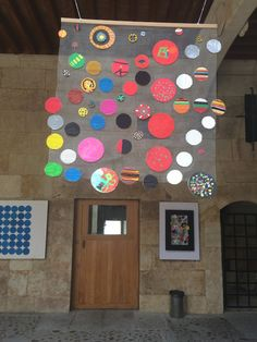 Pinta y Punto. FÁCYL 2018 patio Casa de las Conchas Patio, Frame, Home Decor, Home, Shells, Dots, Artists, Blue Prints, Picture Frame